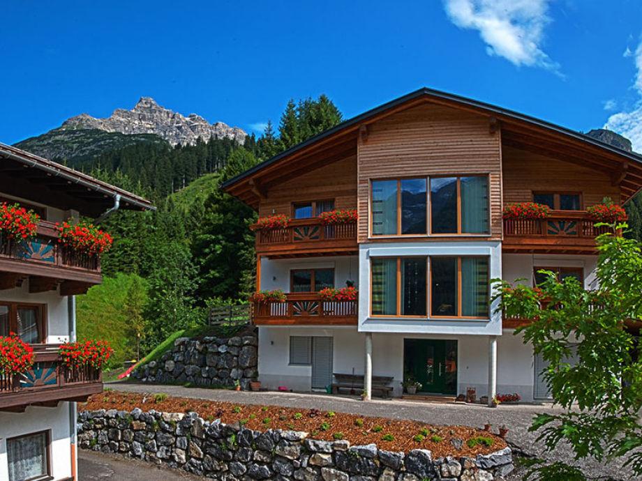 """Appartementhaus """"Tiroler Herz"""""""