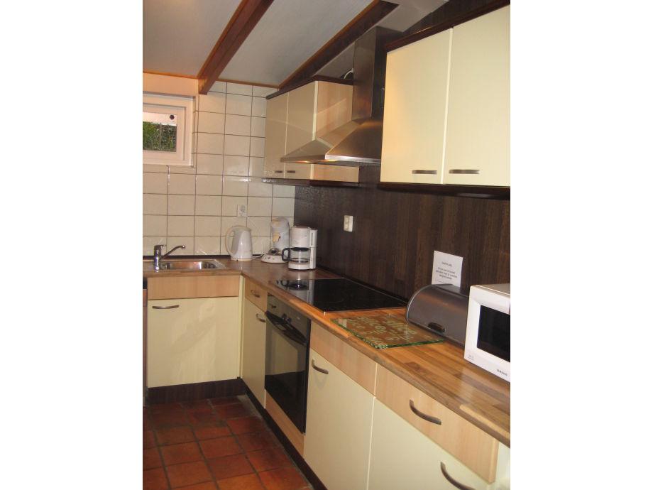 bungalow vroonweg 48 oostkapelle walcheren zeeland frau roos weterings. Black Bedroom Furniture Sets. Home Design Ideas