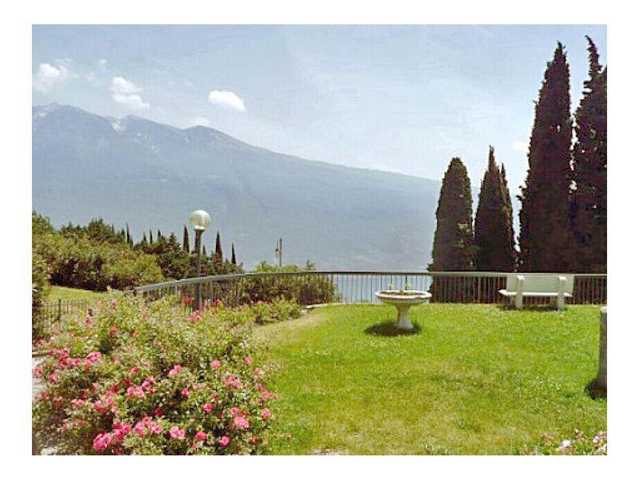 Tignale - Appartement Oleandro 308 - Residence La Portella - Ihr Urlaub am Gardasee - Ferienwohnung, Ferienhaus, Appartement auf www.gardaseeappartements.com