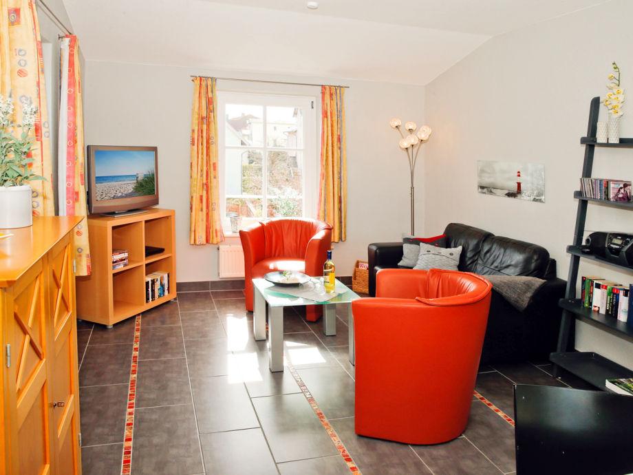 Unser neu renoviertes Wohnzimmer in grau