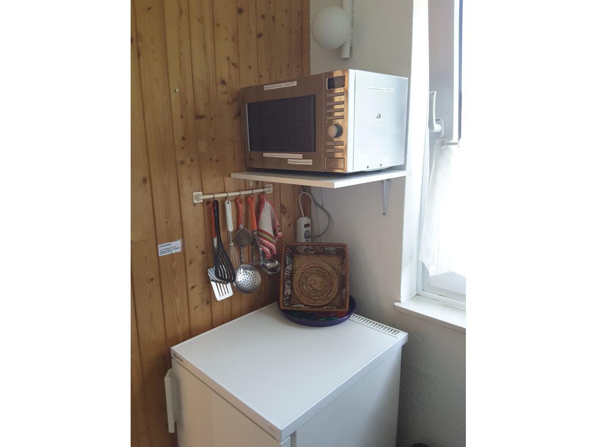Ferienwohnung einfach urlaub nr 2 maasholm firma for Mikrowelle kleine kuche