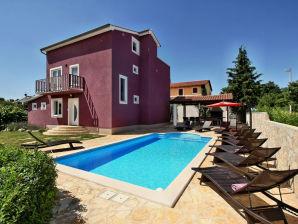 Villa 193
