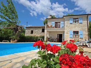Villa 458