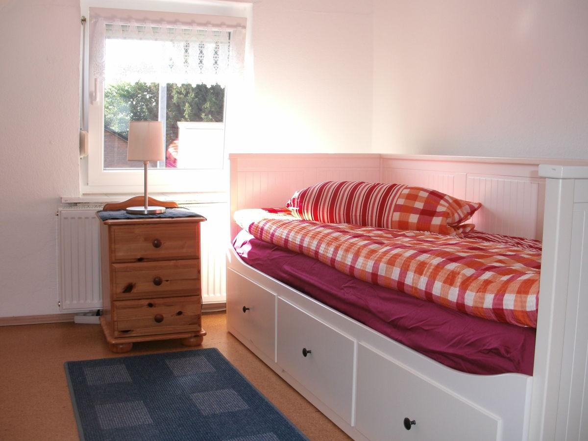 ferienhaus ella in moormerland ostfriesland frau ella bohlen. Black Bedroom Furniture Sets. Home Design Ideas