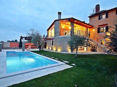 Villa 159