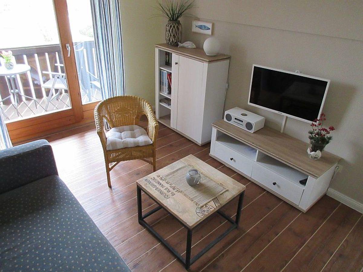 Ferienwohnung ostseeapartment lemkenhafen frau eva breitbeil - Maritimes wohnzimmer ...