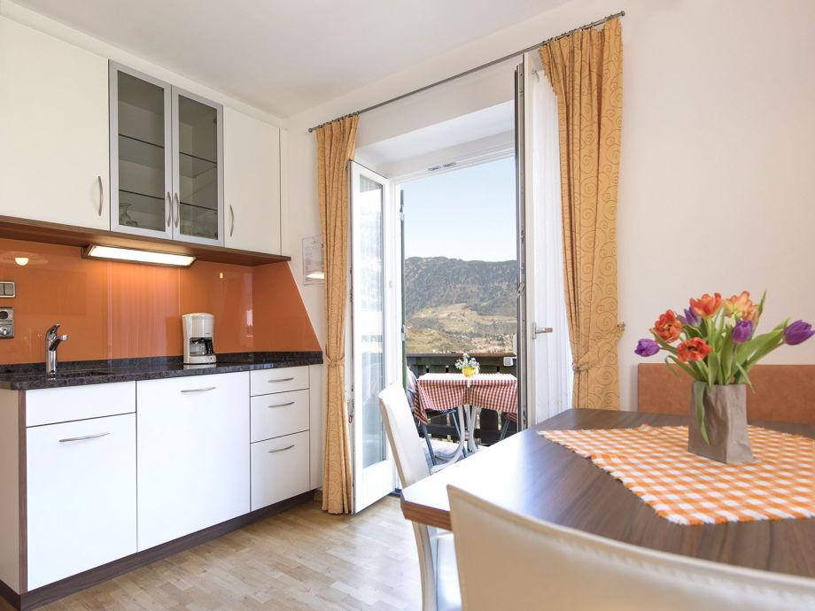 Wohnküche Appartement Meran im Obermaratscher