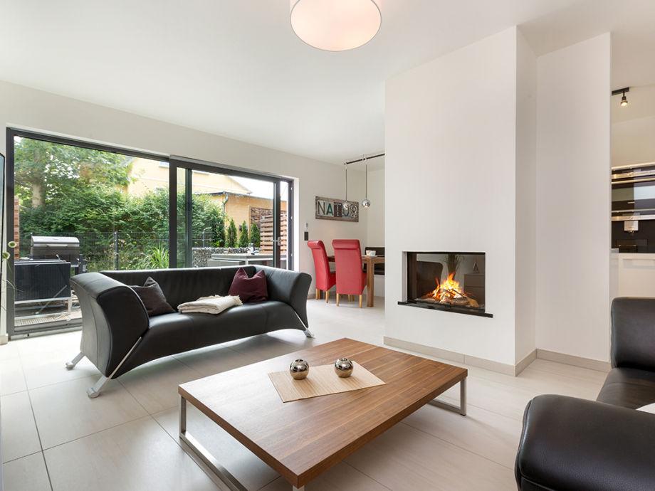 Wohnzimmer mit Gaskamin