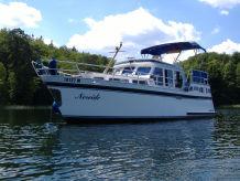 Hausboot NEREIDE bei Hausbootferien Müritz