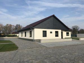 """Ferienhaus """"Spreewälder Ferienhäuser am Berste-Ufer"""""""
