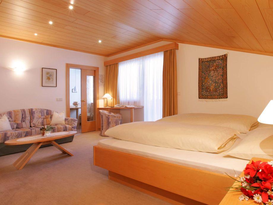 apartment typ a gr den frau carmen perathoner. Black Bedroom Furniture Sets. Home Design Ideas