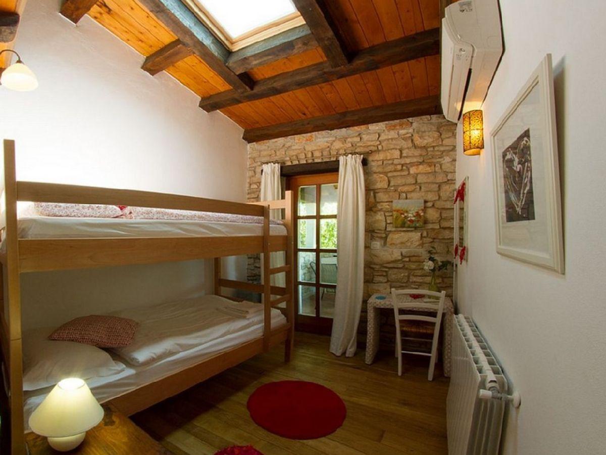 Kinderschlafzimmer Mit Zwei Etagenbetten