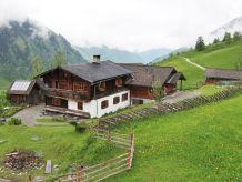 Ferienhaus am Berg