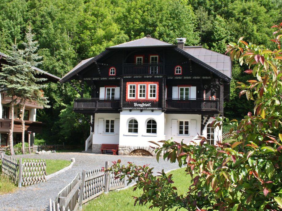 Außenaufnahme Villa Bergfried