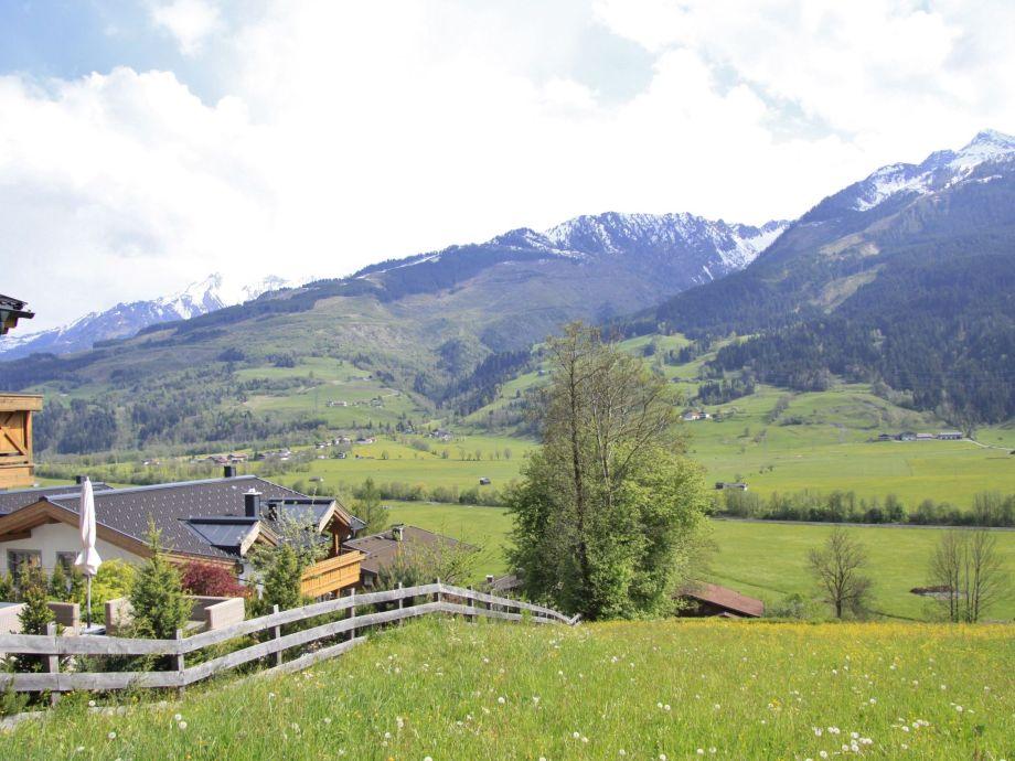 Außenaufnahme Panorama Chalet Kaprunblick