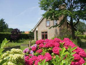 Ferienhaus De Biezenknop