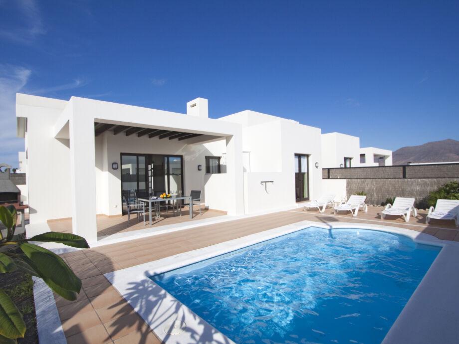 Villa Amethyst mit Pool