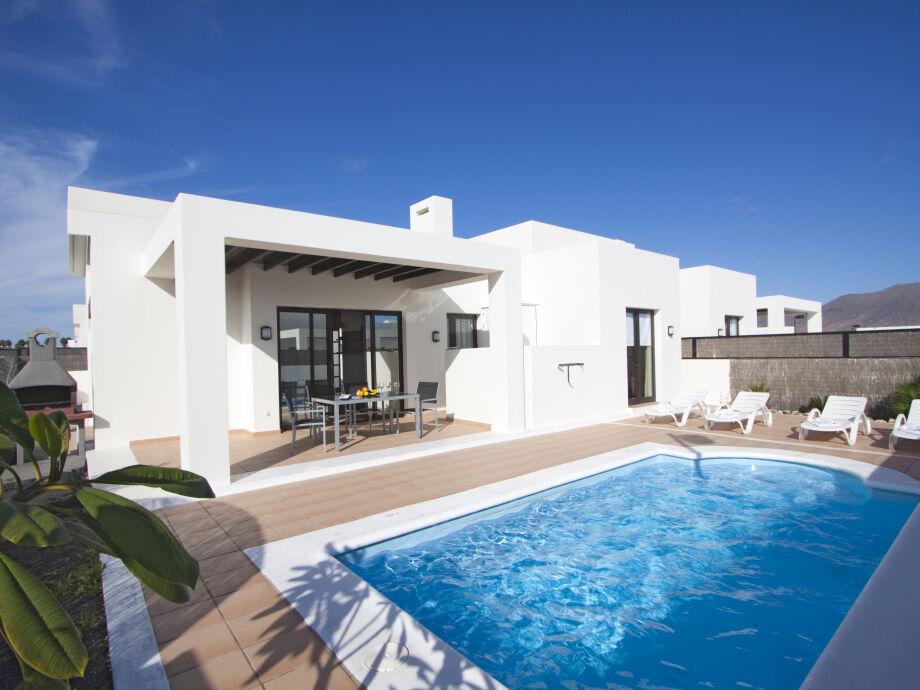 Villa Amber mit Pool