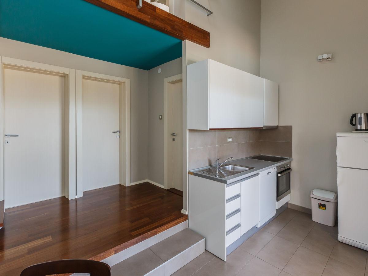villa dugopolje brac firma adriatic discoveries d o o. Black Bedroom Furniture Sets. Home Design Ideas