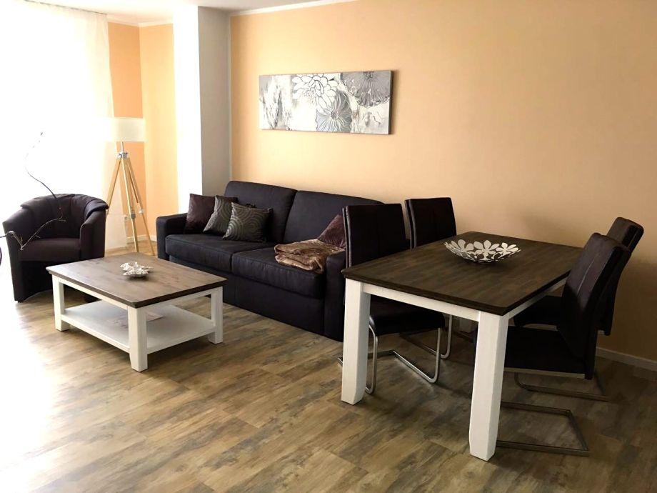 """Wohnzimmer mit Essbereich """"Müritzbrise"""""""