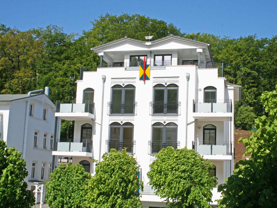 Außenaufnahme 08 F.01 in der Villa Lena mit Balkon (Süd/West)
