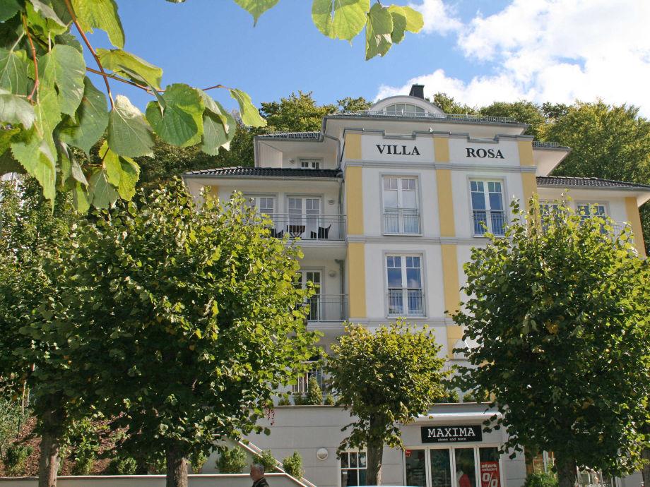 Außenaufnahme 04 in der Villa Rosa