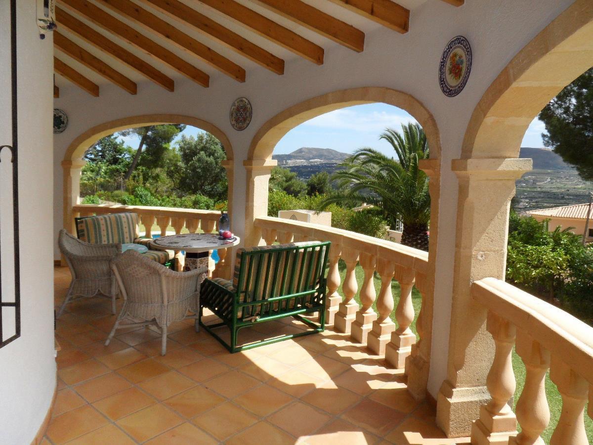 ferienhaus villa mit herrlichem panoramablick costa. Black Bedroom Furniture Sets. Home Design Ideas