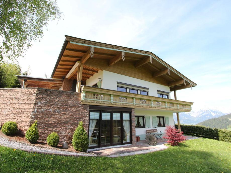 Außenaufnahme Villa Salvenberg
