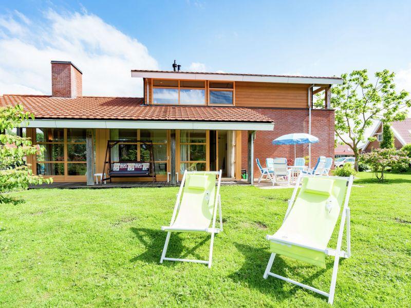 Villa Flevohuis