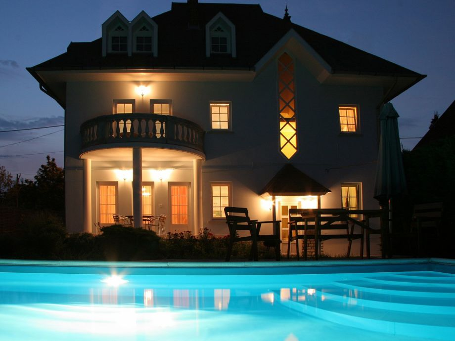 Villa Neitzer Nachtfoto