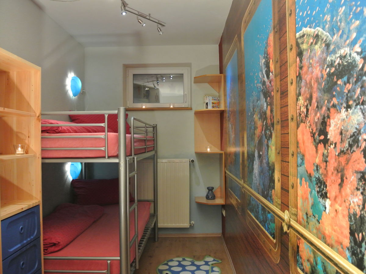 ferienwohnung haus sinn lichkeit rieneck frau nicole h rnis. Black Bedroom Furniture Sets. Home Design Ideas