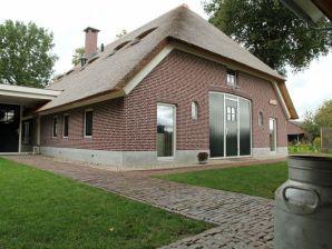 Bauernhof De Hertenhoeve Voorhuis -18 pers