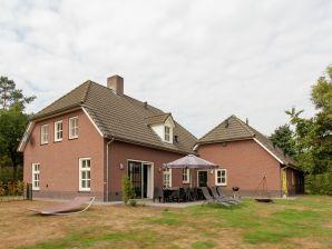Ferienhaus De Riesten
