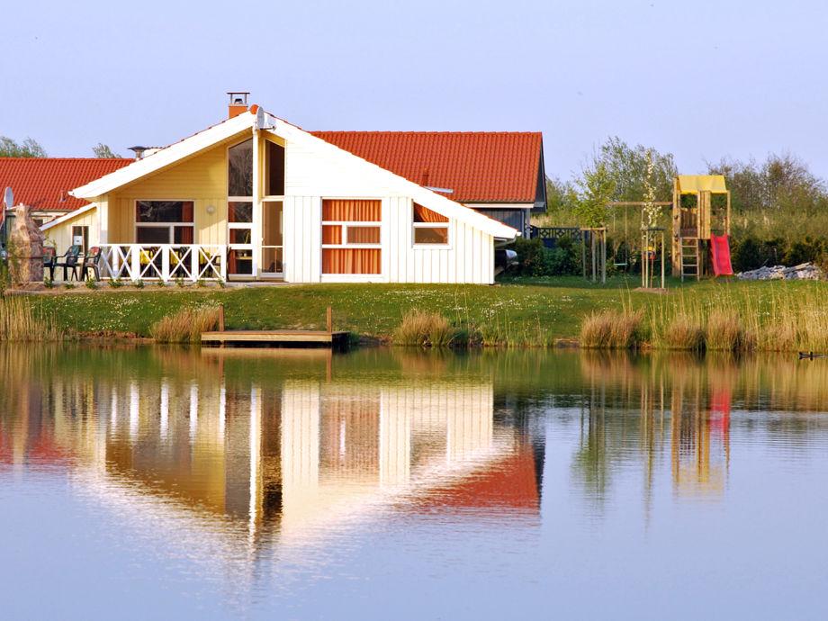 Haus am See direkt am Wasser