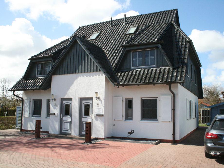 Haus / PKW Stellplatz