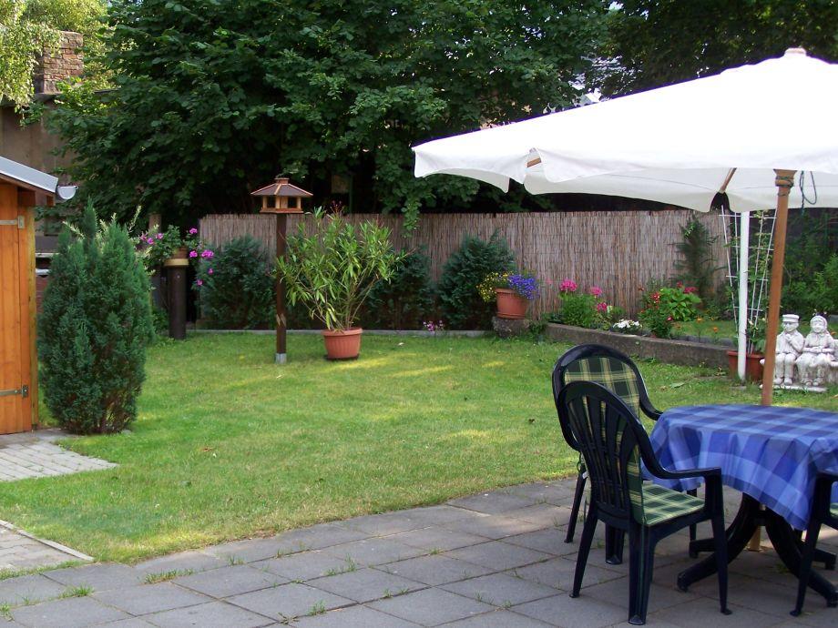 Garten mit Grillfläche