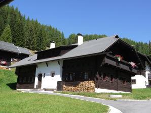 Ferienwohnung Großwild Tal 1