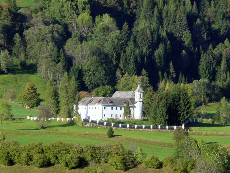 Außenaufnahme Schloss Gnesau XL