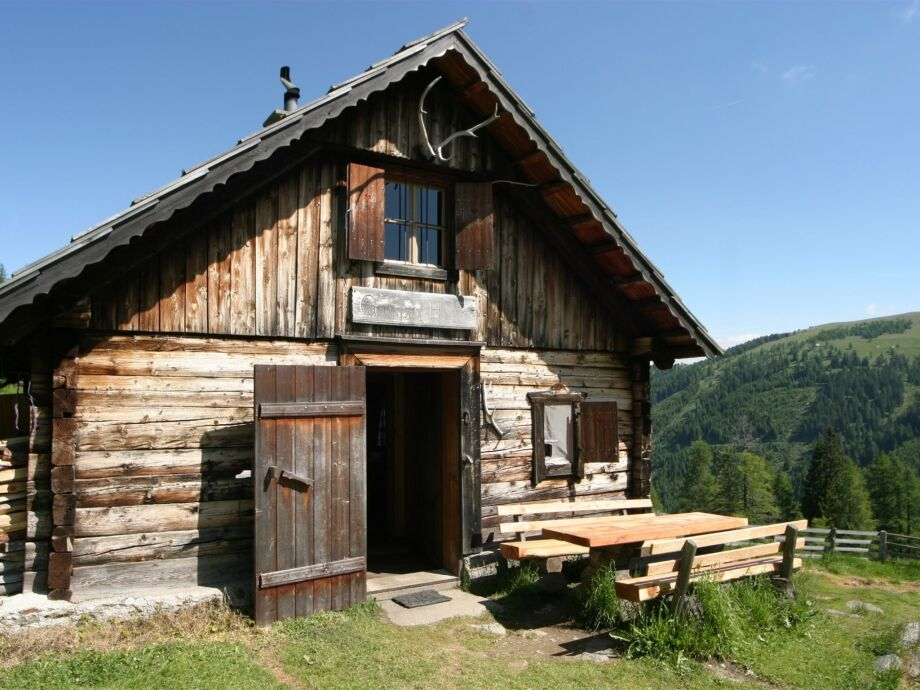 Außenaufnahme Gamperhütte