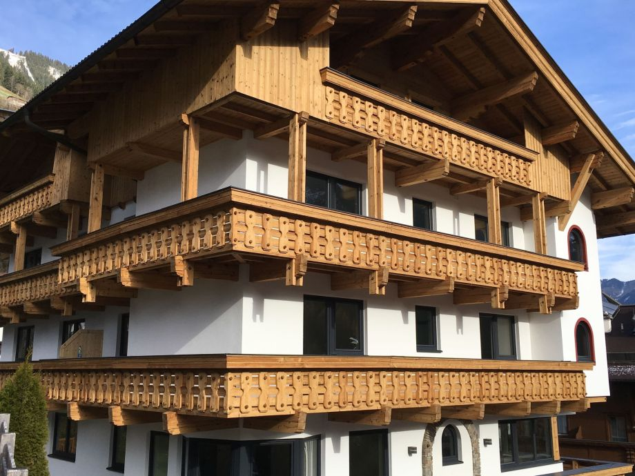 Außenaufnahme Appartementhaus Austria 2