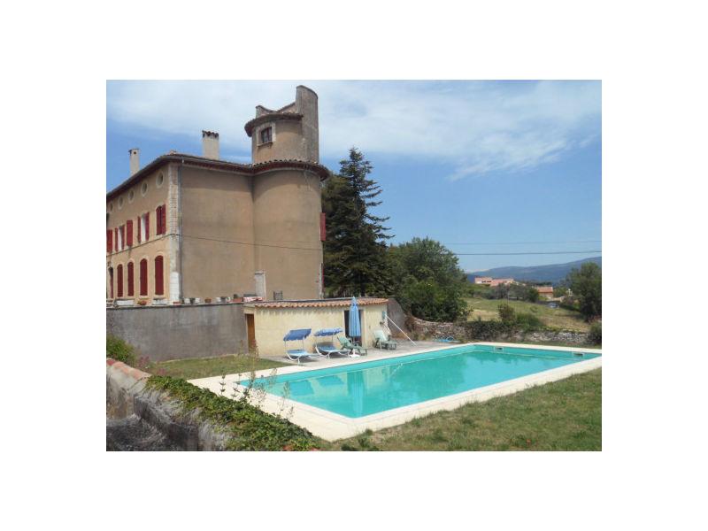 Cottage leisure residence