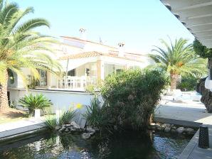 Luxus-Finca Oasis