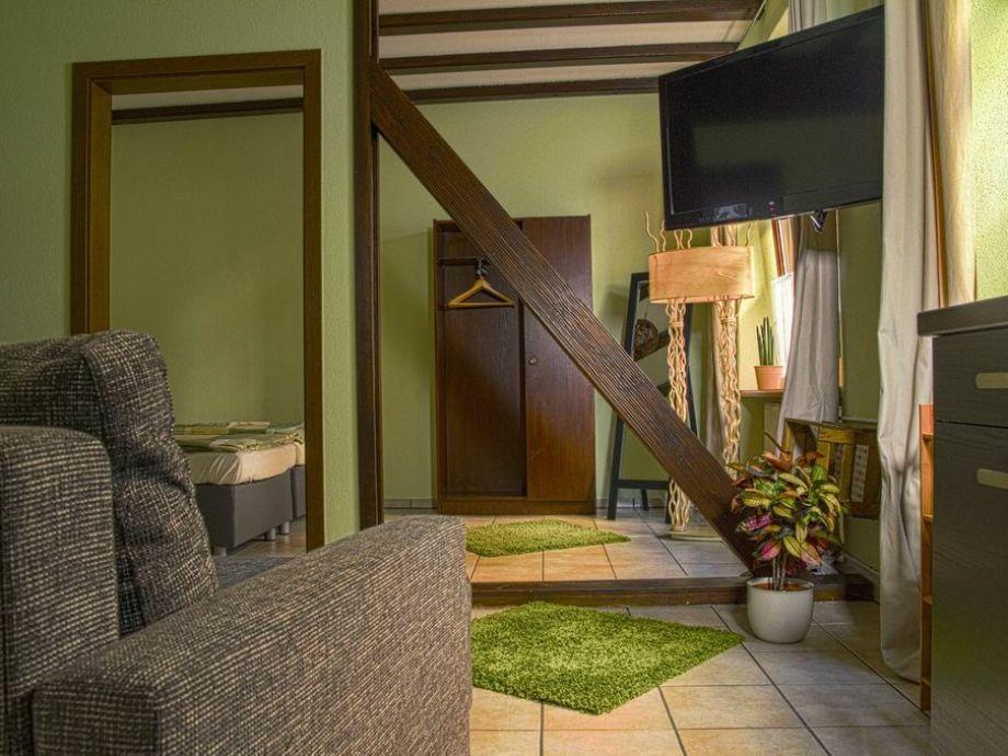 Fewo Grün Wohn und Schlafbereich