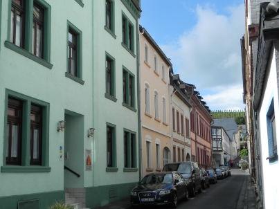 """Querfeldheim """" Grün """" Erdgeschoß"""