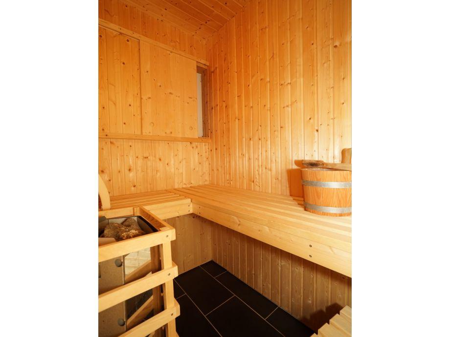 Ferienwohnung mit Sauna und Whirlpool, Wangerland - Firma Marina und ...