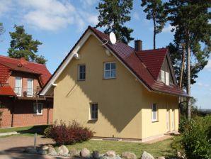 Ferienhaus 9 Müritz-Ferienpark  Röbel