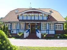 """Ferienwohnung Villa """"Waldhaus"""""""