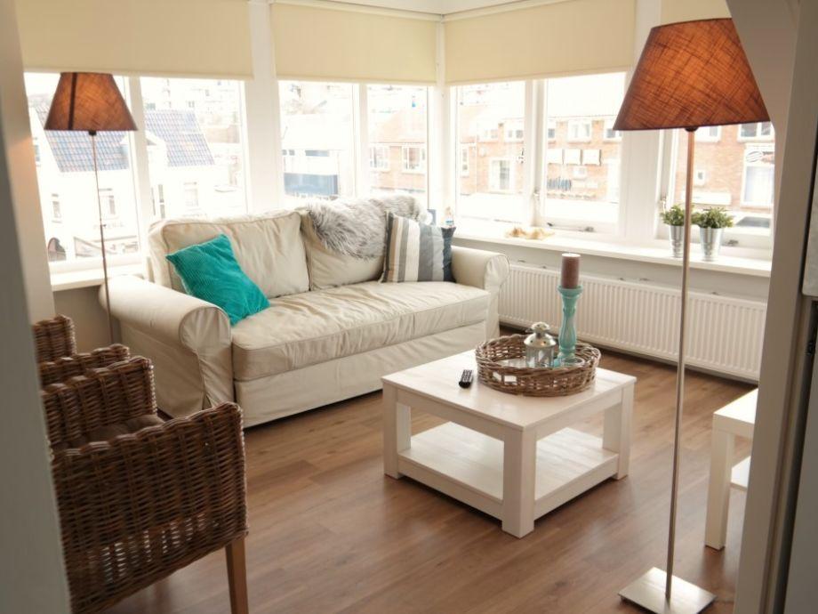 Helle Wohnzimmer mit Panorama Blick zum Meer/Zentrum