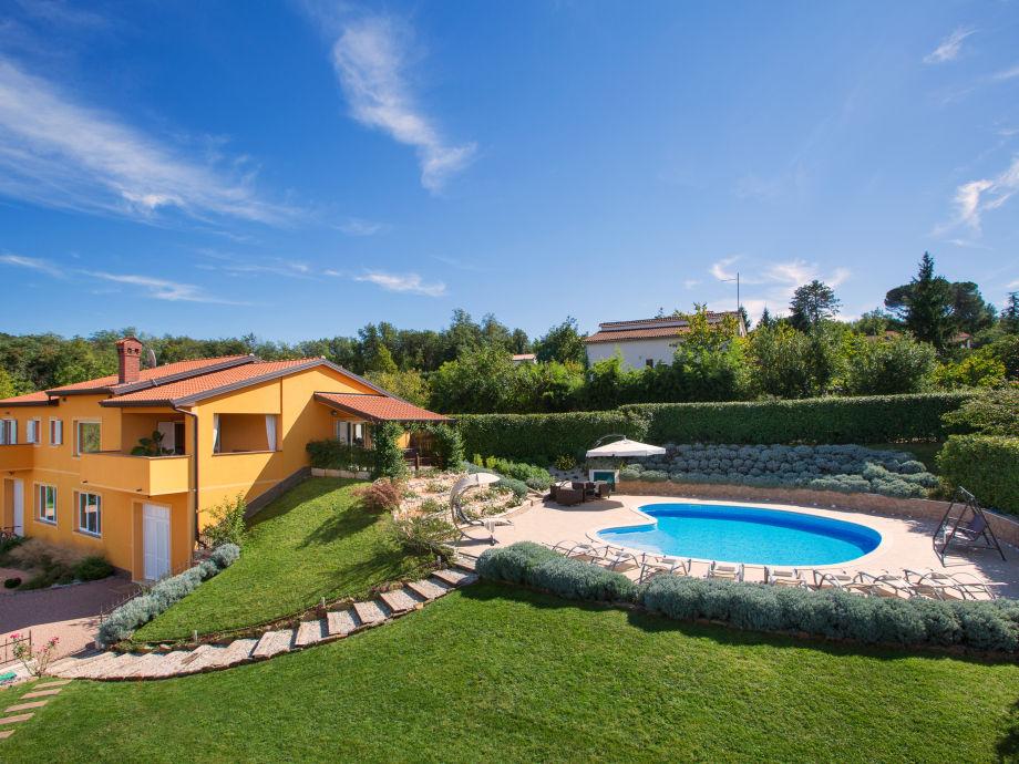 Villa Diora & pool 60 m²