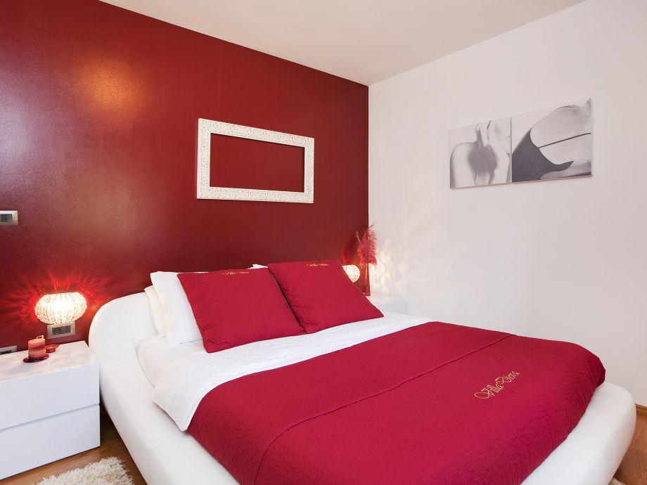 villa diora istrien zentral istrien motovun frau vesna smokovic. Black Bedroom Furniture Sets. Home Design Ideas